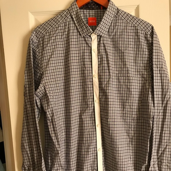 7220f0a91 Authentic Hugo Boss Men's Casual Shirt. Hugo Boss.  M_5b916be67c979d671960fb9f. M_5b916be97c979d51c960fc2d.  M_5b916becb6a9429658907bfd